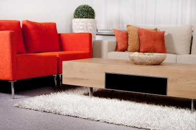 A cleaned living room by house cleaning services