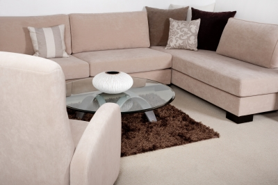 A cleaned living room by housecleaning services
